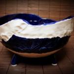 baltai-melynas-dubuo-silko-keramika