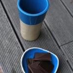 melynas-puodukas-silko-keramika