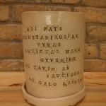 vazonas-vyrui-su-meile-silko-keramika