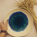 didele-lekste-su-akimi-silko-keramika